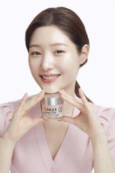 韓国の人気グループ「DIA」チョン・チェヨンがクリニークのニューフェースに就任